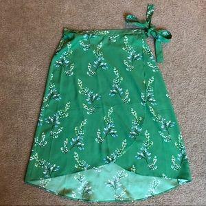 Loft Green Floral Wrap Skirt Size 8